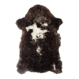 "Contemporary Natural Wool Sheepskin Pelt -1'11""x3'0"" For Sale"
