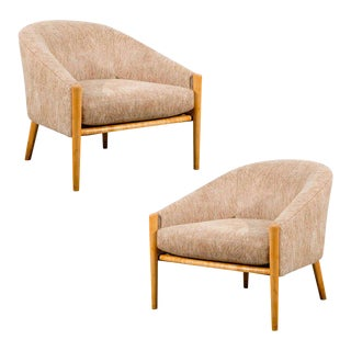 Outstanding Pair of Ward Bennett Style Lounge Chairs in Maple For Sale