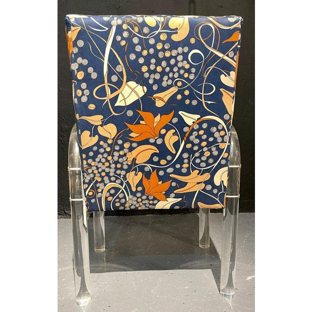 Mid-Century Modern Set of Four Chairs, Tubular Lucite Frames For Sale - Image 9 of 13