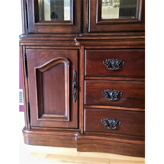Avignon by Bernhardt China Cabinet Deck & Base For Sale - Image 10 of 13