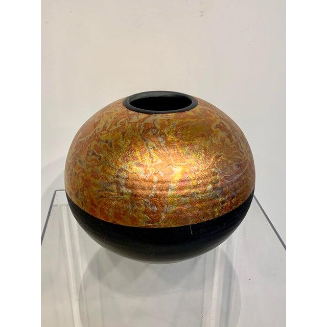 1980s Southwestern Ceramic Raku Vase by Michael Weinberg For Sale In Los Angeles - Image 6 of 11