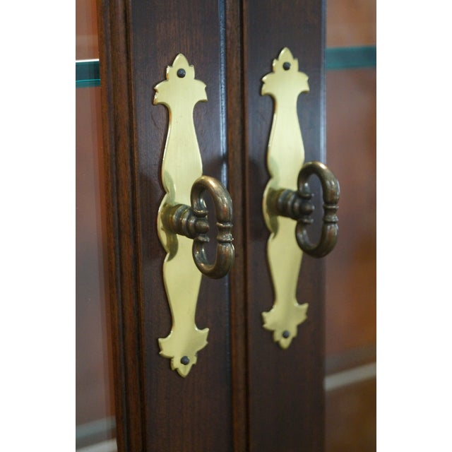Henredon Chippendale Style Breakfront Cabinet - Image 5 of 10