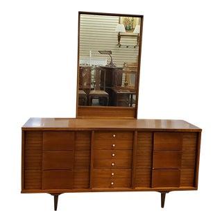 Mid Century Johnson Carper Dresser For Sale