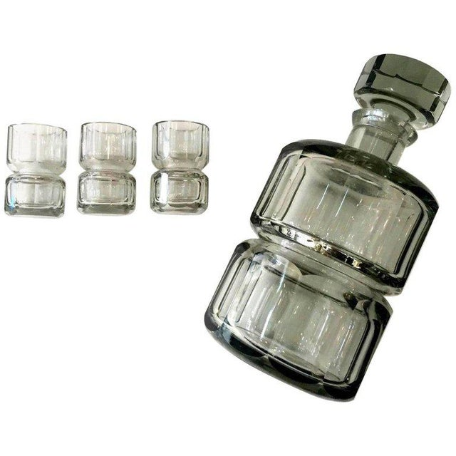 1930s Czechoslovakian Crystal Decanter and Shot Glass Set- 4 Pieces For Sale - Image 5 of 5