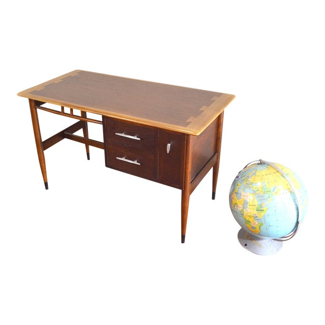 Mid Century Modern Desk by Lane Acclaim For Sale