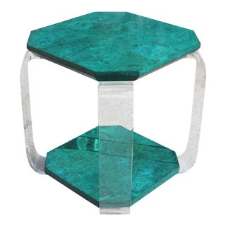 1970s Mid-Century Modern Green Emerald Burwood and Lucite Accent Table. For Sale