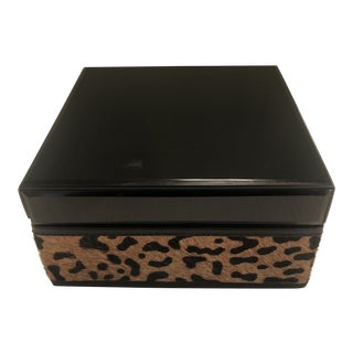 Vintage Lacquer With Leopard Pattern Cowhide Box For Sale