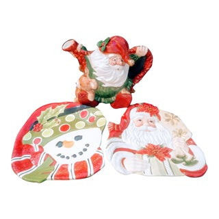 Vintage Fitz and Floyd Christmas Santa Clause Teapot and 2 Decorative Snowman Plates Set of 3 For Sale