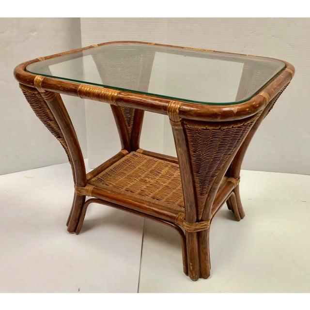 1940s 1940s Rattan and Wicker Side Table For Sale - Image 5 of 12
