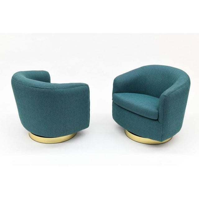 Milo Baughman for Thayer Coggin 1980s Vintage Thayer Coggin Swivel Tilt Barrel Lounge Chairs by Milo Baughman- A Pair For Sale - Image 4 of 11