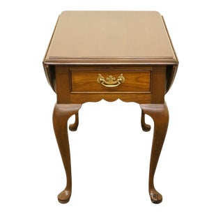 20th Century Queen Anne Cherry Wood Drop-Leaf End Table For Sale