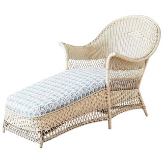 Early 20th Century Vintage Painted Bar Harbor Willow and Wicker Chaise Lounge For Sale