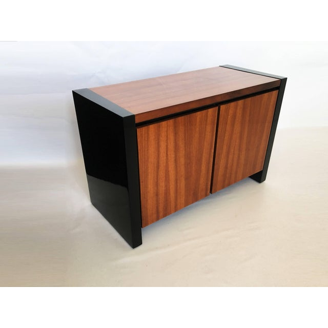 Black Henredon Koa Wood and Black Lacquer Nightstands or Side Tables - A Pair For Sale - Image 8 of 9