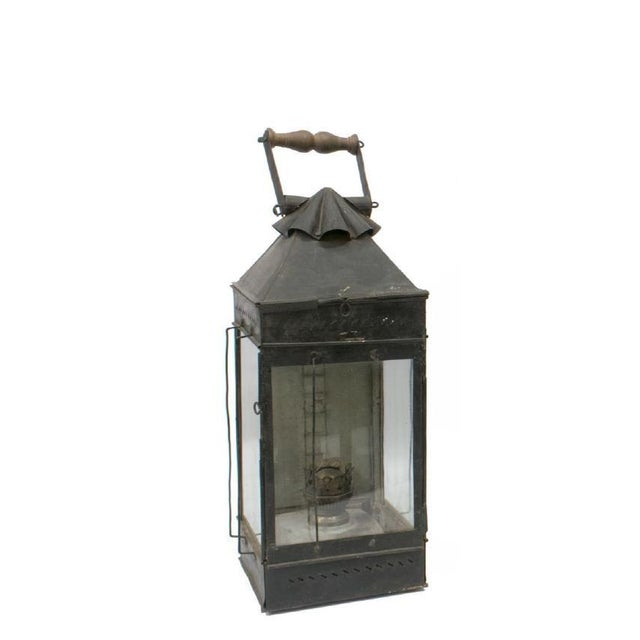 Late 19th Century British Colonial Indian Iron Carrying & Hanging Oil Lantern For Sale - Image 4 of 4