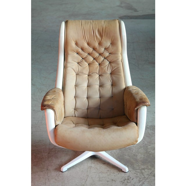 DUX Model Galaxy Space Age Swivel Lounge Chair in Leather by Alf Svensson for Dux For Sale - Image 4 of 9