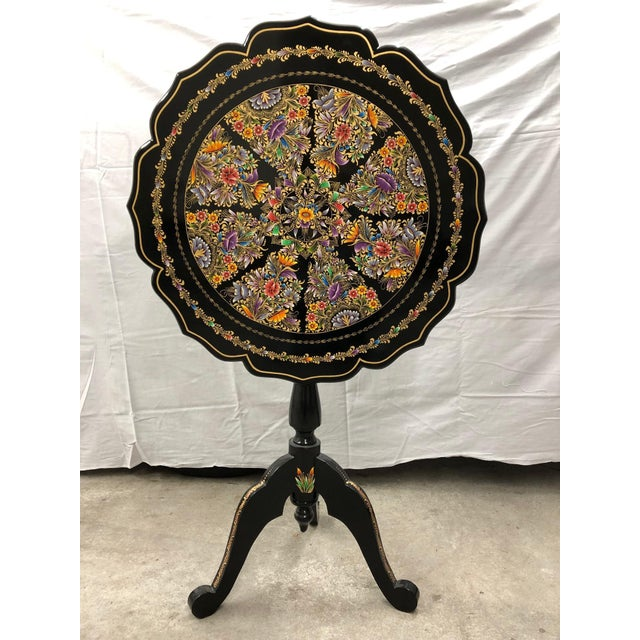 Ebony 20th Century Folk Art Tole Tilt Top Accent Table For Sale - Image 8 of 8
