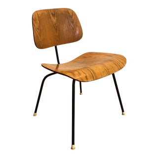 1950s Eames for Herman Miller Dcm Chair, Molded Plywood on Black Metal Base, Early Label For Sale