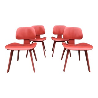Set of Four Eames for Herman Miller Dcw Chairs For Sale