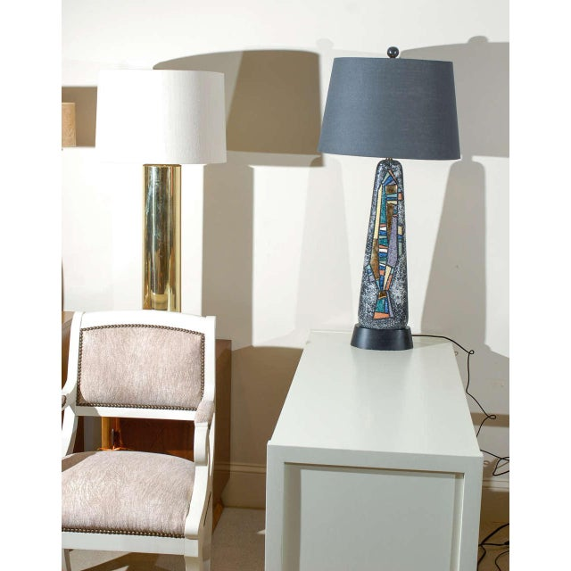 Stunning Pair of Large Scale Abstract Ceramic Lamps For Sale - Image 4 of 9