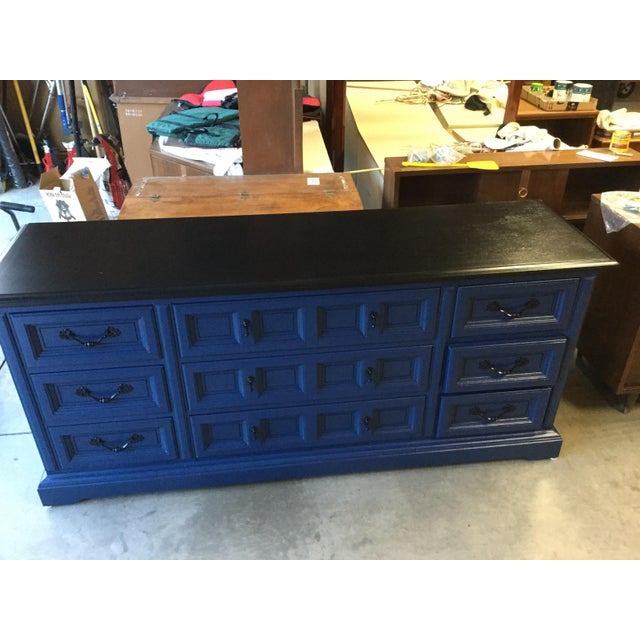 1970s Vintage Dixie Lacquered Blue and Black Dresser For Sale - Image 9 of 11