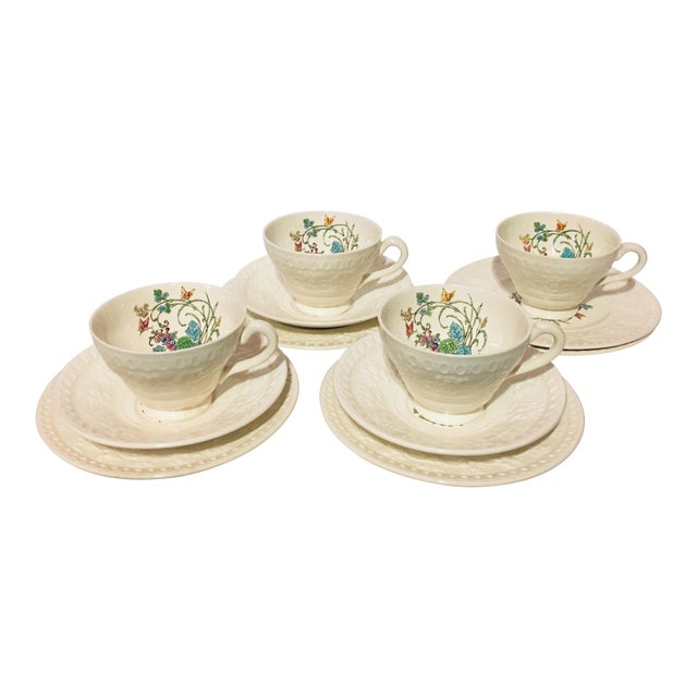 1940s Vintage Wedgwood Montreal Bone China Tea Set of 12 For Sale