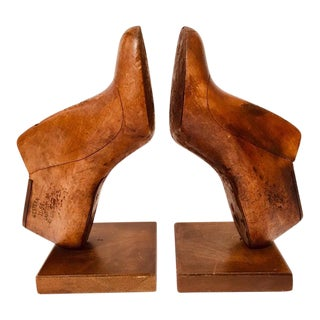 20th Century Folk Art Western & Co Saint Louis Wood Shoe Mold Bookends - a Pair For Sale