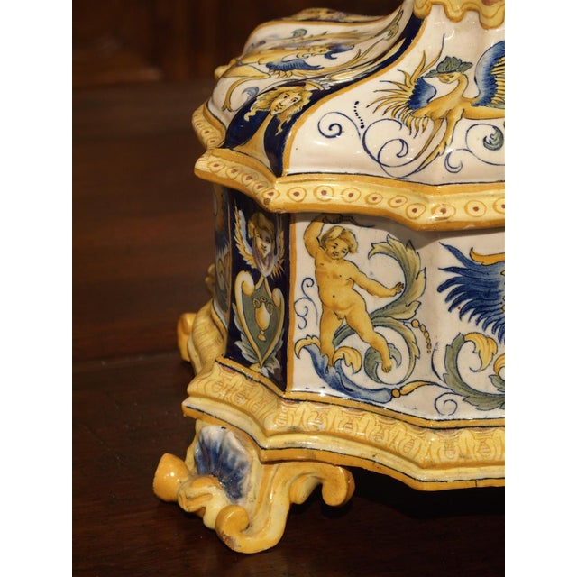 19th Century Italian Renaissance Style Majolica Box For Sale - Image 9 of 12