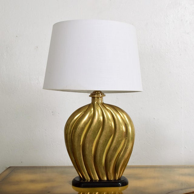 Arturo Pani Sophisticated Modern Hollywood Regency Swirled Bronze on Black Table Lamp 1940s For Sale - Image 4 of 7