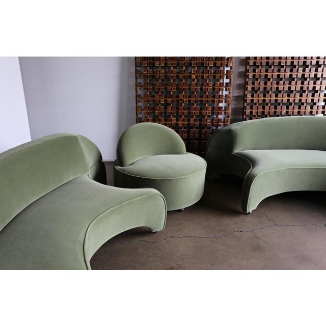 """Vladimir Kagan """"Comete"""" Sofa for Roche Bobois, 2003 - Set of 3 For Sale In Los Angeles - Image 6 of 13"""