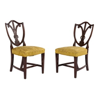 Pair of English Hepplewhite Mahogany Shield Side Chairs For Sale