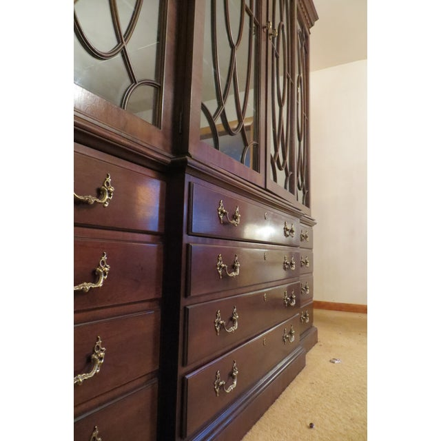 Henredon Henredon Rittenhouse Mahogany Chippendale Style Breakfront Cabinet For Sale - Image 4 of 4