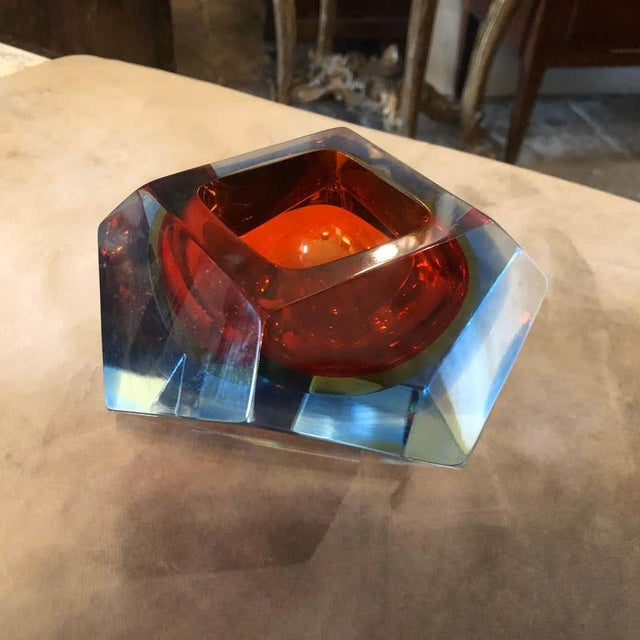 Mid-Century Modern 1960s Seguso Sommerso Faceted Murano Glass Ashtray For Sale - Image 3 of 11