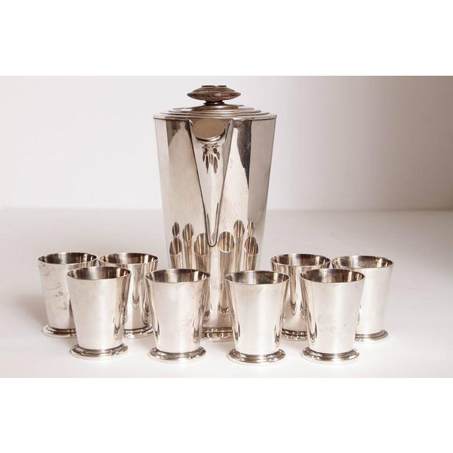 Art Deco Ile de France Art Deco Meriden International Silver Cocktail Set with Eight Cups For Sale - Image 3 of 11