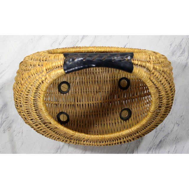Mid-Century Modern Franco Albini Italian Rattan Wicker Leather Magazine Basket For Sale In Detroit - Image 6 of 8