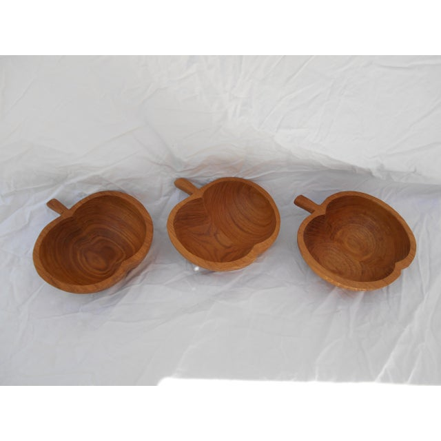 Mid-Century Teak Nut Bowls - Set of 3 For Sale In Los Angeles - Image 6 of 7
