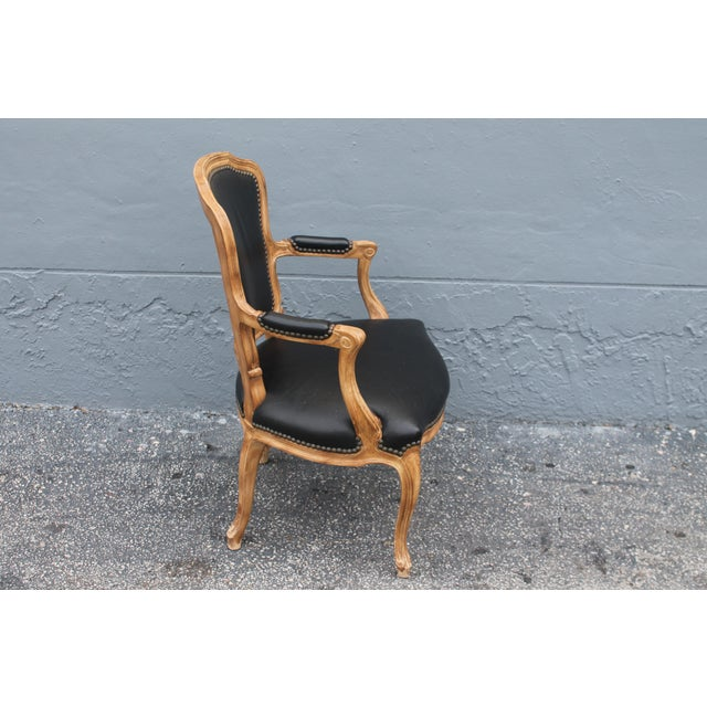 1960s Vintage Louis XV Style Carved Walnut Armchair For Sale In Miami - Image 6 of 9