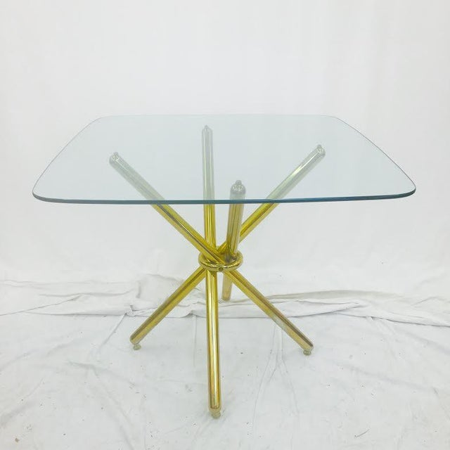 Mid-Century Modern Mid-Century Modern Brass Knot Glass Top Table For Sale - Image 3 of 4