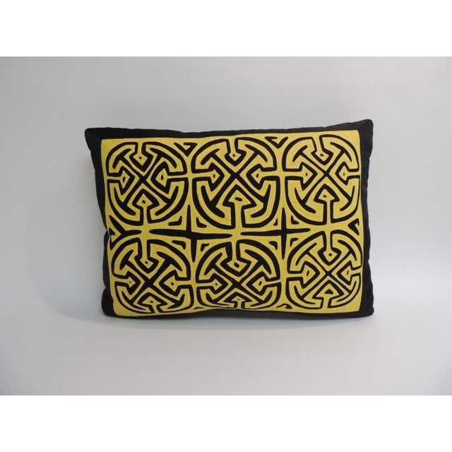 1970s Vintage Yellow and Black Graphic Mola Decorative Pillow For Sale - Image 5 of 5