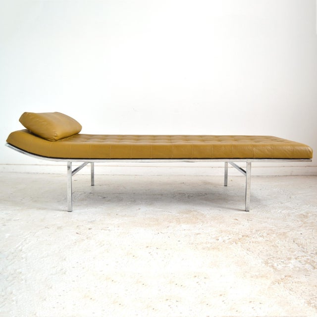 Jules Heumann Chaise by Metropolitan For Sale - Image 11 of 11