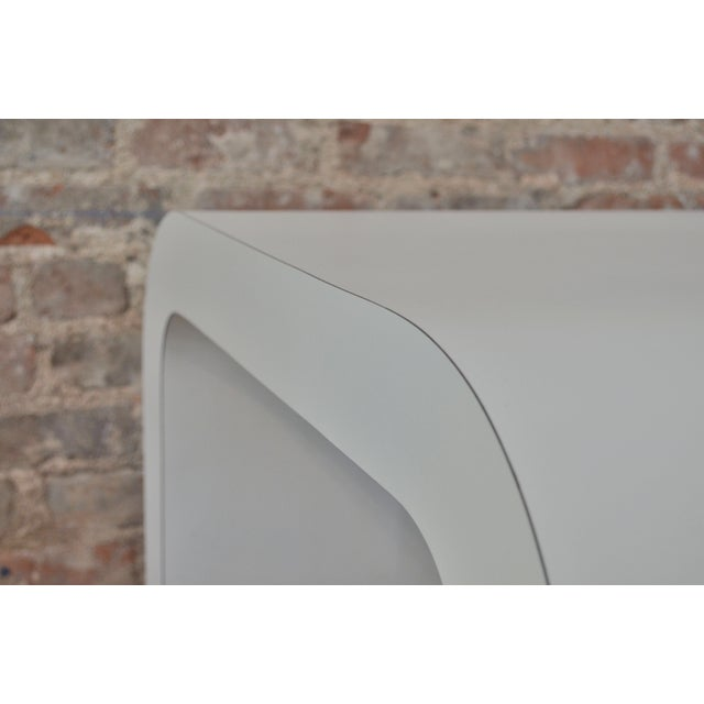 White Laminate Waterfall Table For Sale In Charlotte - Image 6 of 7