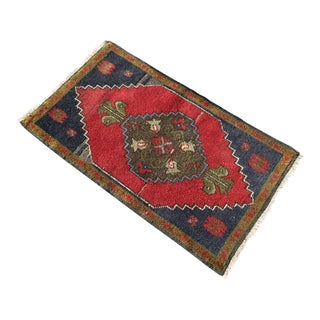 Small Vintage Turkish Area Rug For Sale