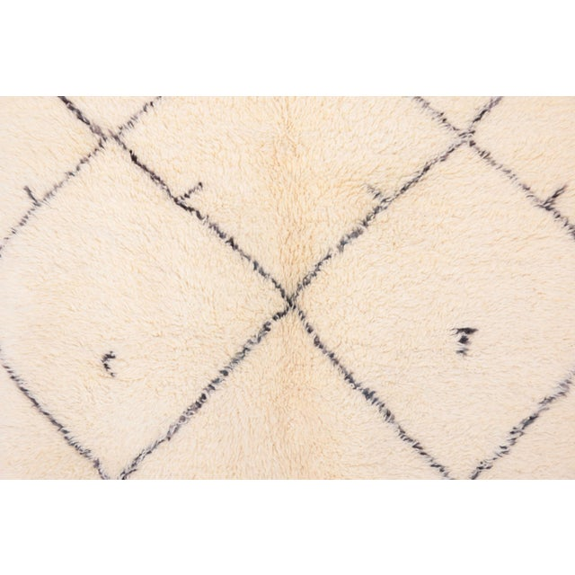 "Vintage Beni Ourain Moroccan Rug - 5'4"" x 8'4"" - Image 2 of 3"