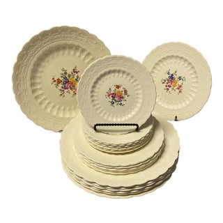 1926 Spode's Jewel Earthenware the Ann Hathaway Collection Dinnerware Set- 18 Pieces For Sale