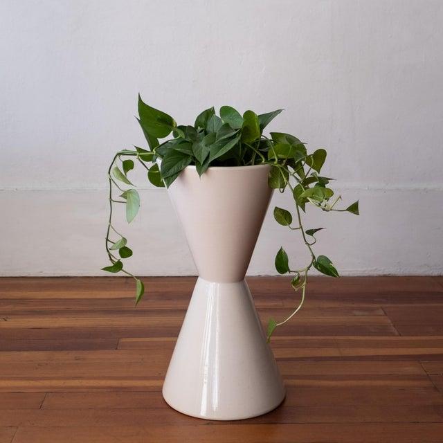 La Gardo Tackett 1960s Architectural Pottery Double Cone Planter by La Gardo Tackett For Sale - Image 4 of 9