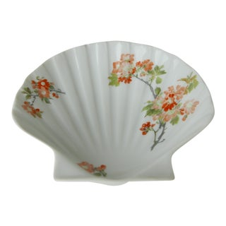 Limoges France Small Shell Shaped Dish in Chinoise Style For Sale
