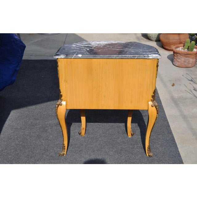 Vintage Louis XV Mounted Marble Top & Bronze Detail Side Table For Sale - Image 4 of 11