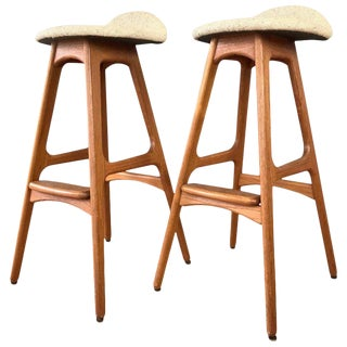 Pair of Erik Buch for Oddense Maskinsnedkeri Od-61 Teak Bar Stools For Sale