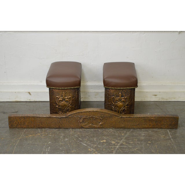 Antique English Arts & Crafts Hammered Copper Fireplace Fender w/ Leather Seats For Sale - Image 10 of 10