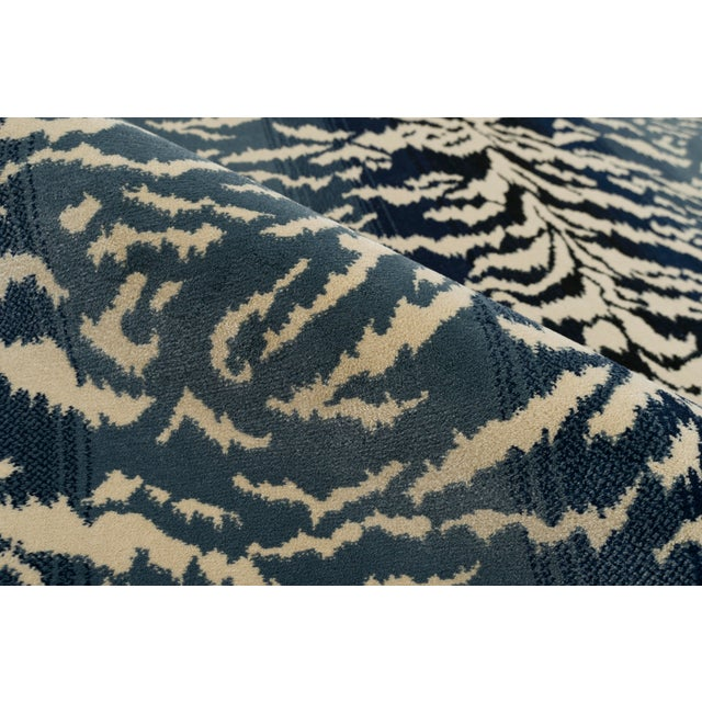 "Contemporary Stark Studio Rugs Tabby Blue Rug - 2'2"" X 7'8"" For Sale - Image 3 of 6"