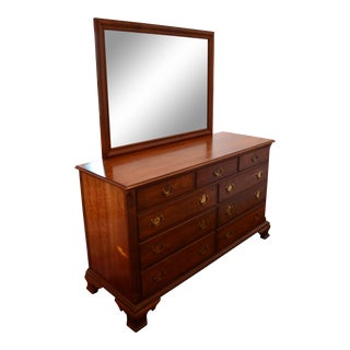 1950s Traditional Kindel Grand Rapids 9 Drawer Dresser With Attached Mirror For Sale